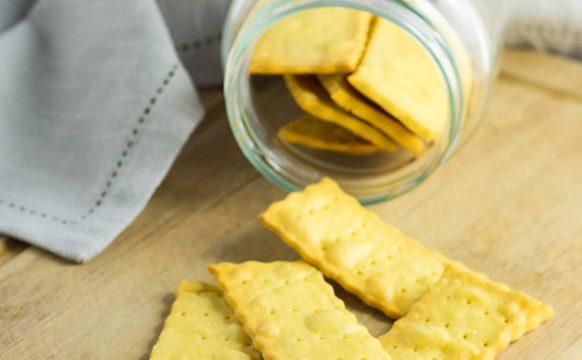 Cracker di riso e ceci ricetta sfiziosa