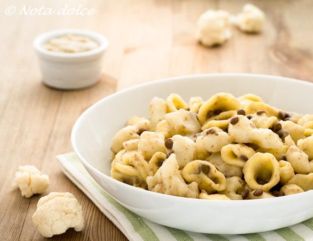 Orecchiette cremose con cavolfiore e lenticchie ricetta facile