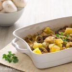 Patate e funghi con scamorza al forno ricetta gustosa