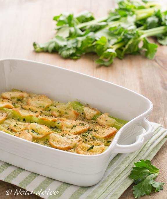 Sedano al forno con scamorza ricetta facile