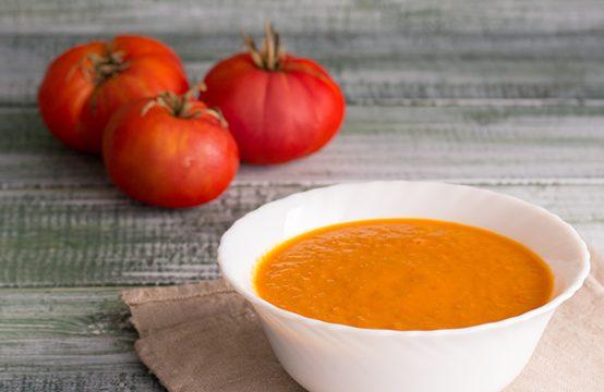 Salsa piccante al pomodoro e cipolla ricetta facile