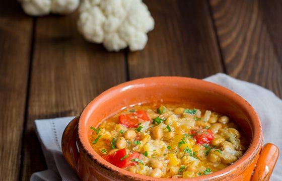 Zuppa di soia con cavolfiore e peperoni ricetta facile