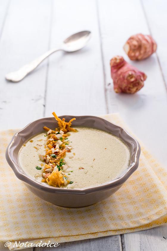 Vellutata di topinambur e patate ricetta facile
