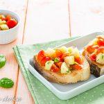 Bruschette con pomodori e casorelli ricetta facile e veloce