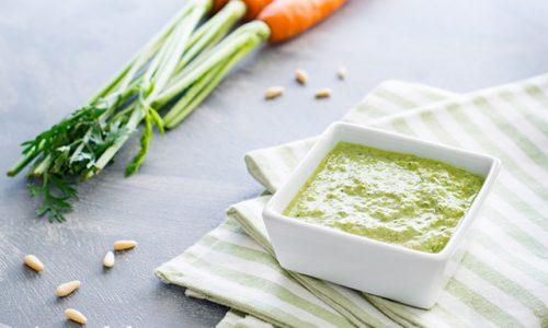 Pesto di foglie e gambi di carote ricetta facile