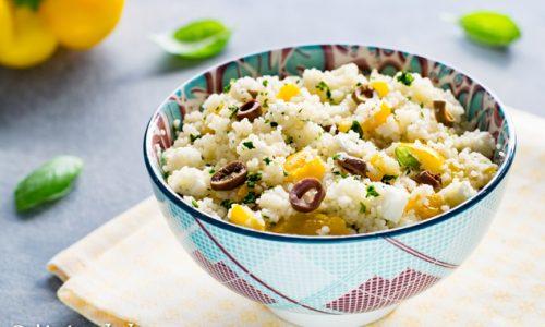 Insalata di cous cous con peperoni, feta e olive ricetta facile