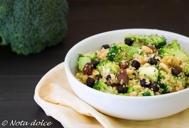 Bulghur con broccoli e ceci neri ricetta facile