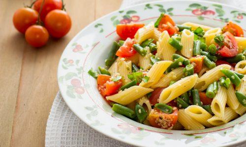 Pasta fredda con fagiolini e pomodori ricetta facile