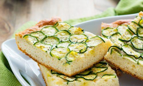 Focaccia di zucchine con farina di ceci ricetta gustosa
