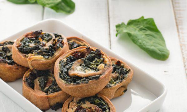 Girelle con spinaci e pomodori secchi ricetta facile