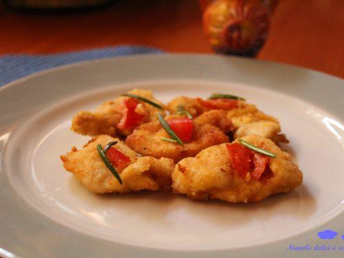Bocconcini di pollo ripieni di pomodoro e grana