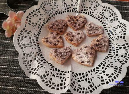 Biscotti speziati con gocce di cioccolato
