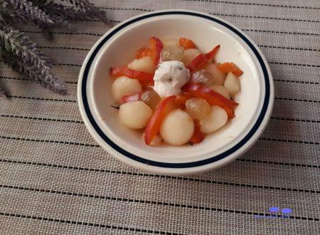 Macedonia al melone con gelato alla stracciatella