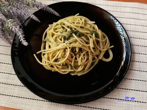 Spaghetti al pesto di basilico