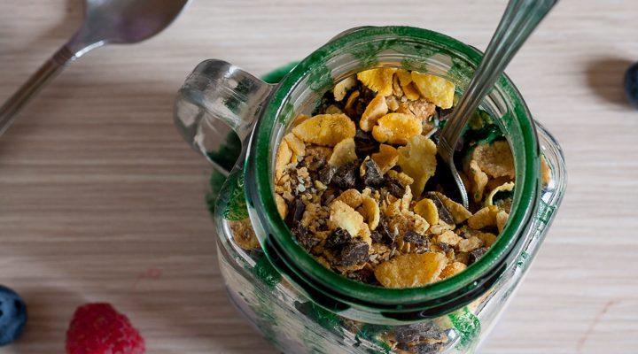Liliac healthy cup con frutta e yogurt magro