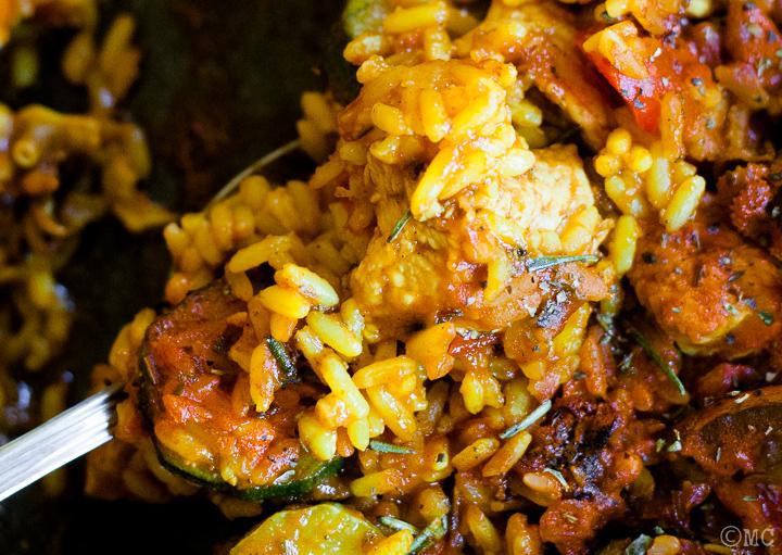 Paella mixta, con pesce e carne: una ricetta light