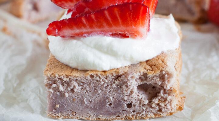 Breakfast cake alle fragole e senza glutine