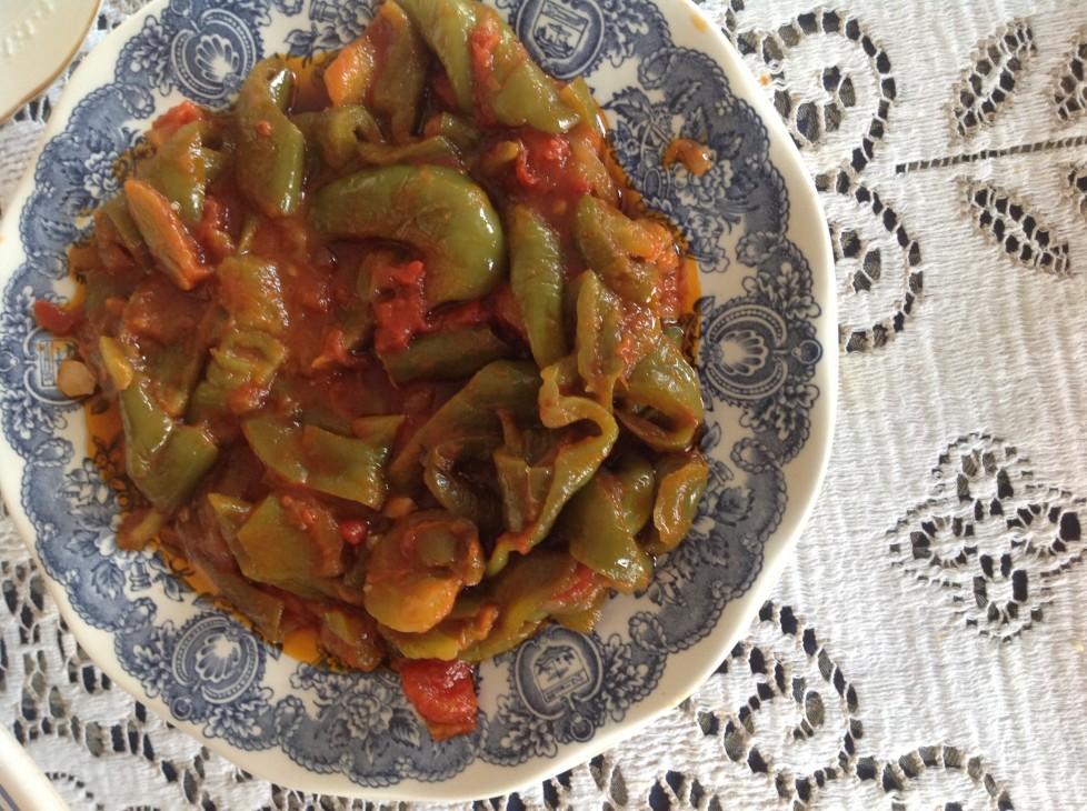 Peperonata ricetta olio ex oliva, sale,pomodoro pelato,aceto