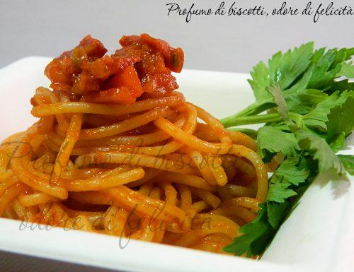 Spaghetti al ragù veloce – ricetta primo piatto