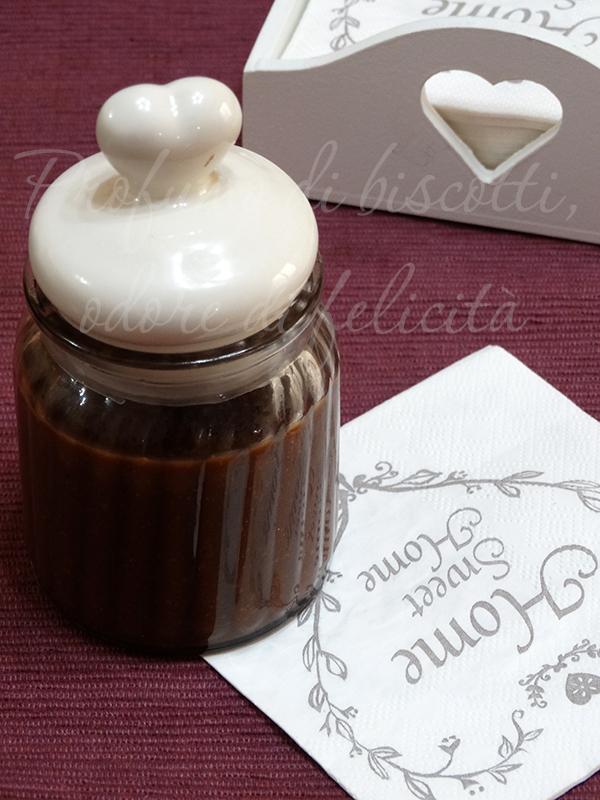 crema spalmabile cioccolato e noci 3