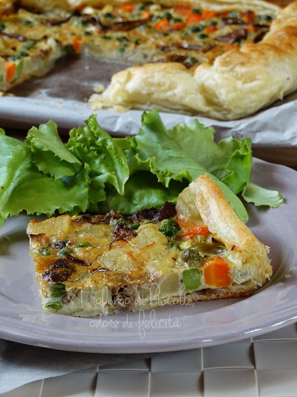 Torta salata con verdure e funghi
