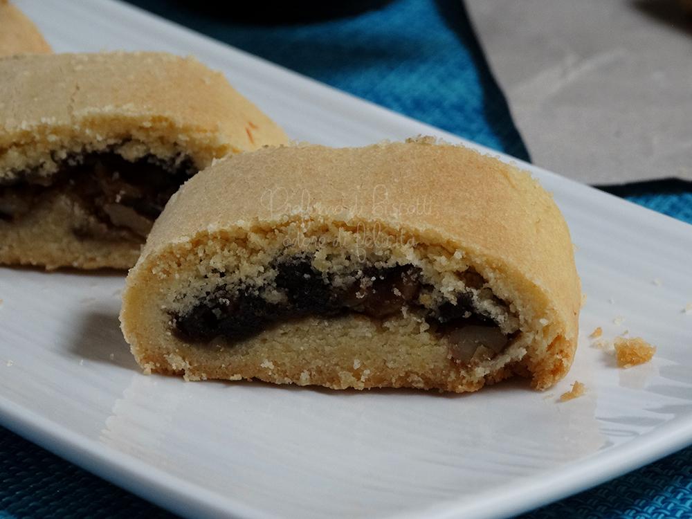 Biscotti con marmellata di fichi e noci
