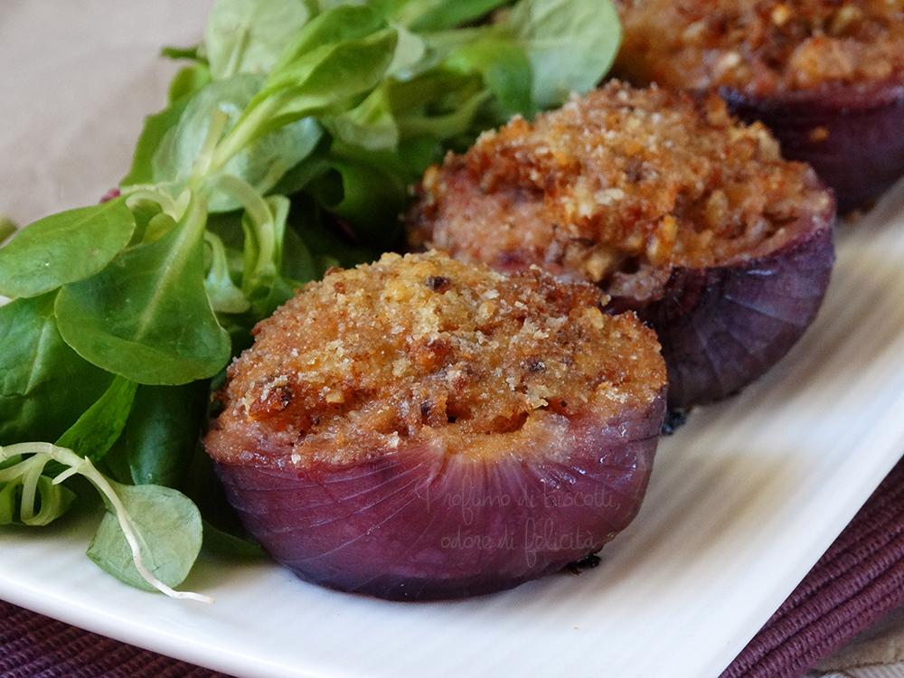 Cipolle ripiene gratinate idee per buffet - Come cucinare le cipolle ...
