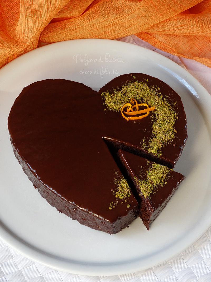 Torta Al Cioccolato A Forma Di Cuore Profumo Di Biscotti Odore Di