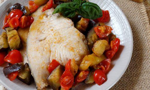 Pesce spada con melanzane e pomodorini