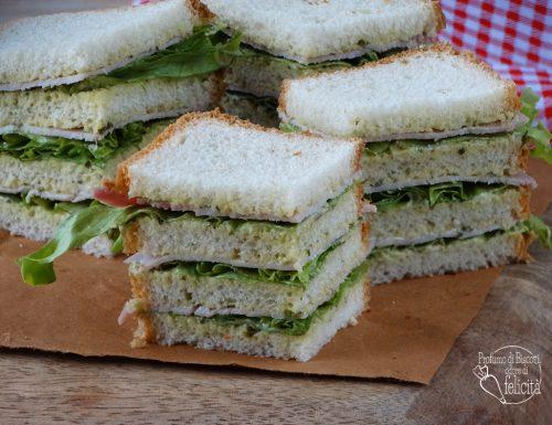 Tramezzini con salsa verde