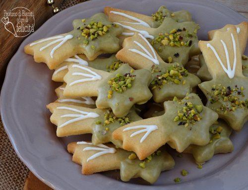 Biscotti al burro al pistacchio
