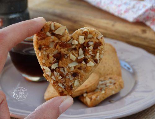 Biscotti di San Valentino speziati