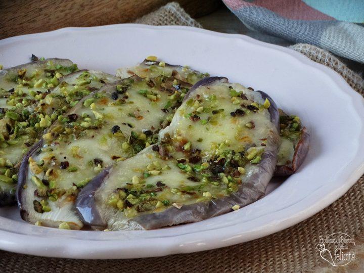 melanzane al pistacchio con mozzarella