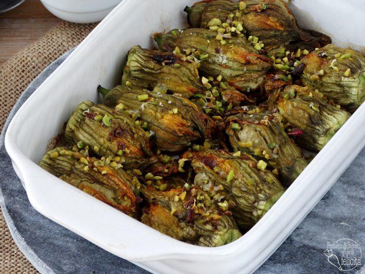 fiori di zucca ripieni al pistacchio gratinati