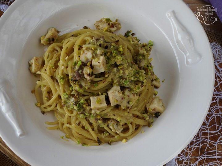 spaghetti spada e pistacchi velocissima