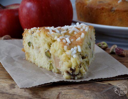 Torta di mele e pistacchi