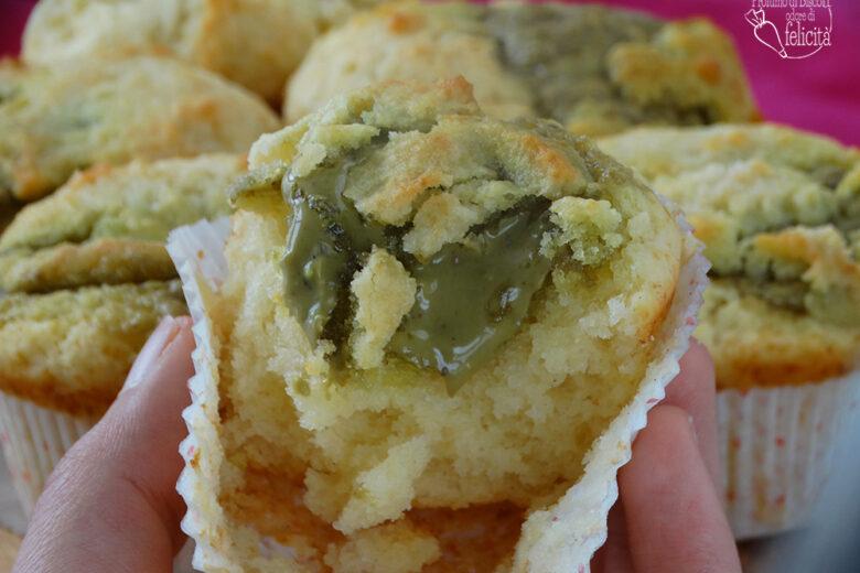 Muffin con crema di pistacchio e ricotta