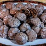 Morbidotti al cacao e gocce di cioccolato