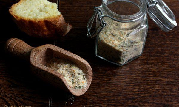 Pangrattato aromatizzato-ricetta riciclo