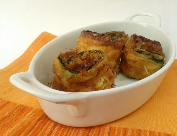 rotolini di zucchina con prosciutto cotto e mozzarella