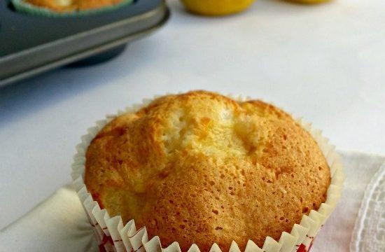 Muffin con albumi mele e cocco