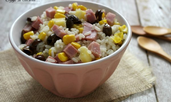Insalata di riso e prosciutto