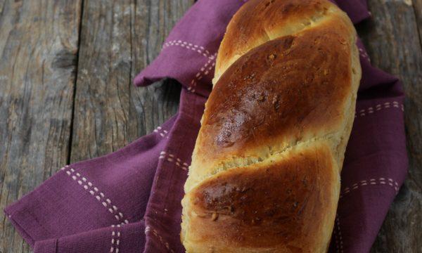 Pan brioche alla frutta secca