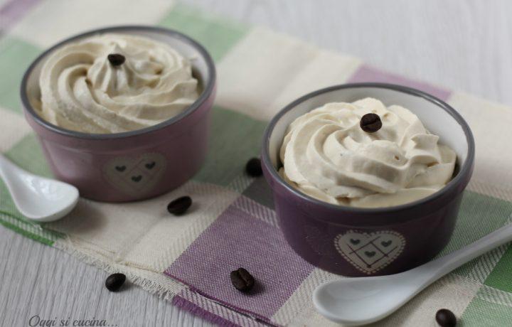 Crema fredda al caffè senza uova