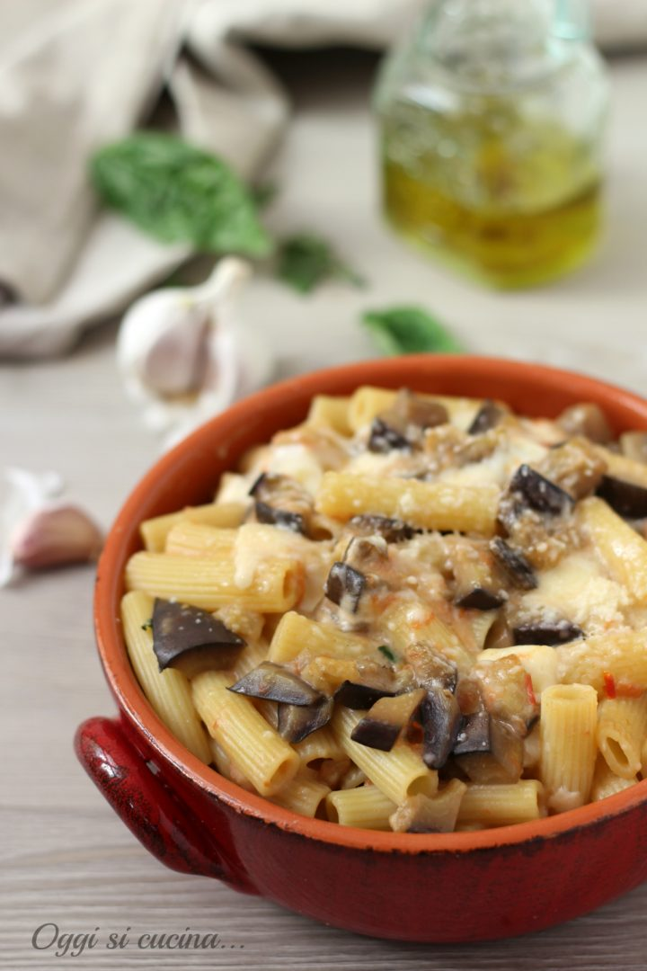 Pasta al Forno con Melanzane e Besciamella