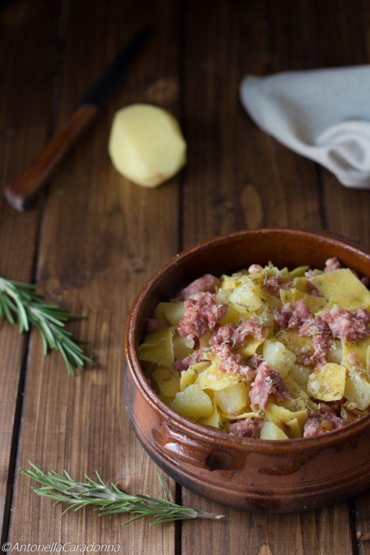 maltagliati con patate e salsiccia