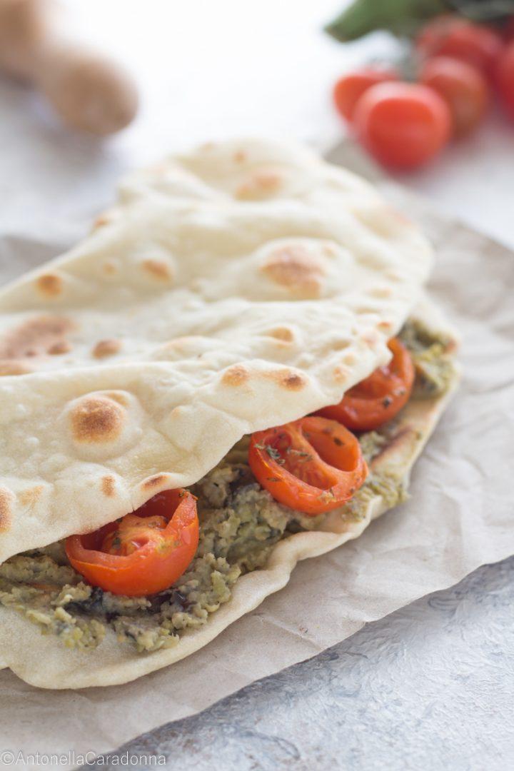 Finta Piadina con Hummus di Ceci e Melanzane e Pomodorini Confit