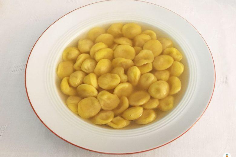 Anolini vegetariani in brodo