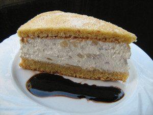 Storia e ricetta della torta di ricotta e pere, specialità dolciaria amalfitana