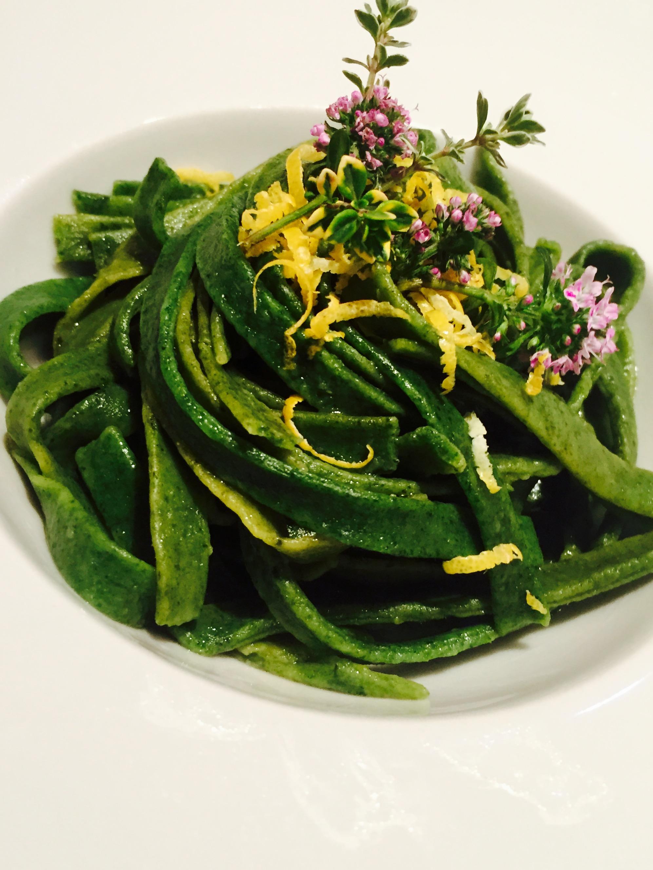Tagliatelle alle ortiche con timo e limone ricette for Cucinare ortica